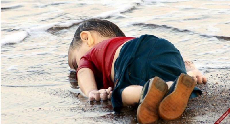 Theo như quan niệm dân gian thì việc nằm mơ thấy con nít chết sẽ mang lại điềm xui, nổi bất an cho người mơ